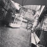 高円寺駅前で自分らしく生きてる人々
